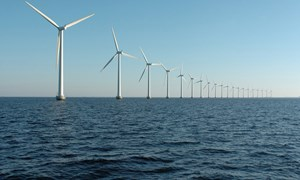 Global Renewables Investment Goes Down