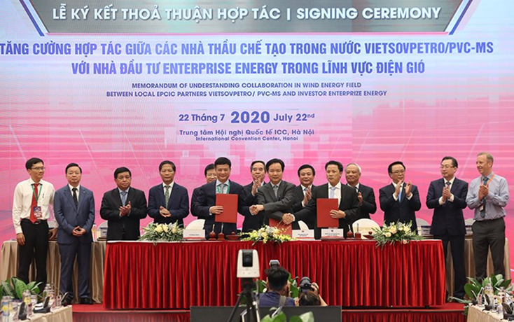 Signing memorandum of understanding on the development of Thang Long Wind wind-power project at Vietnam Energy Summit 2020